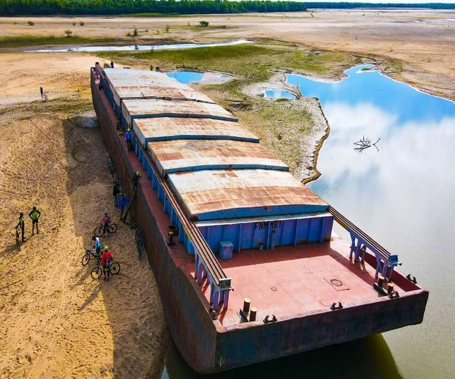 """Estrenan """"Bajo Río"""", un documental sobre la bajante histórica del Paraná"""