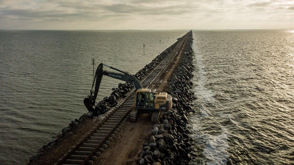 Estiman que en un mes se habilitará el paso de trenes por La Picasa