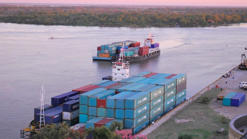 Nuevo paso para desarrollar el cabotaje de contenedores en Argentina