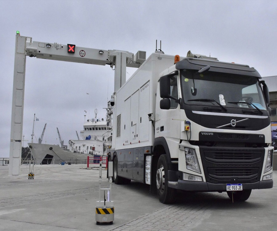 El Puerto de Bahía Blanca adquirió un escáner móvil para el control de cargas