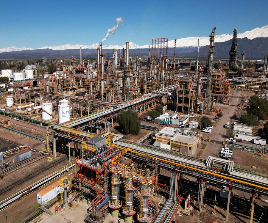 Inversión de YPF en Luján de Cuyo para una producción de naftas más sustentable