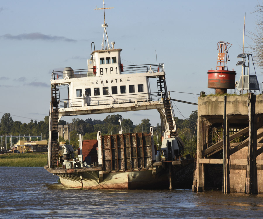 Tras un breve repunte, el río Paraná comenzó a bajar y se acerca la etapa crítica