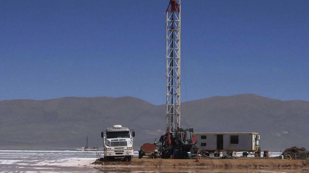 YPF avanza en su plan para el desarrollo de la industria del litio