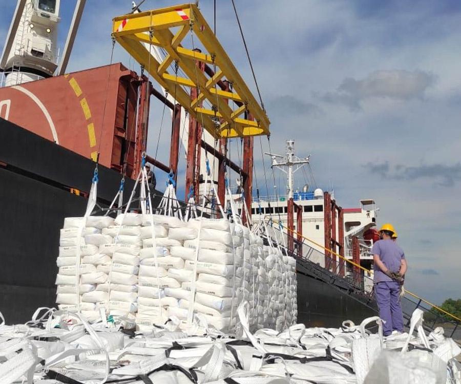 Desde San Pedro, luego de 15 años, Argentina vuelve a exportar harina de trigo a Cuba