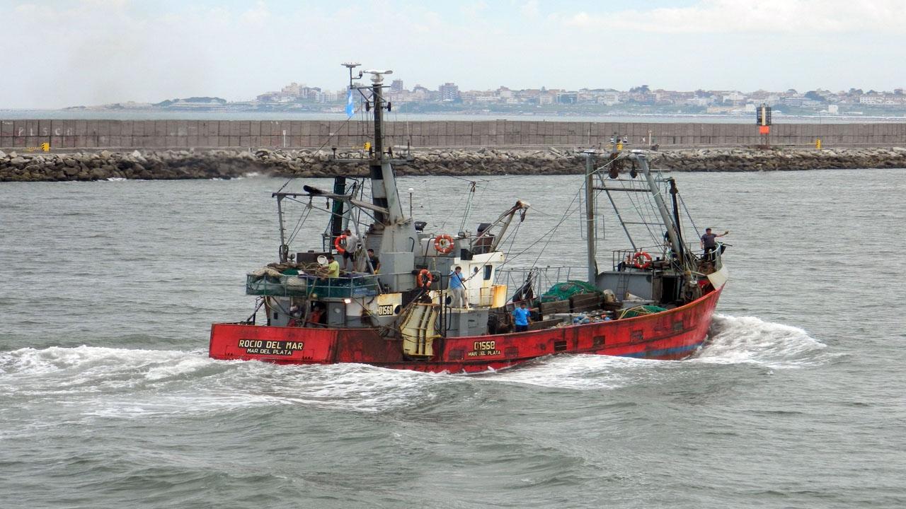 Hay más ventas y la caballa gana espacio en buques fresqueros de altura y costeros
