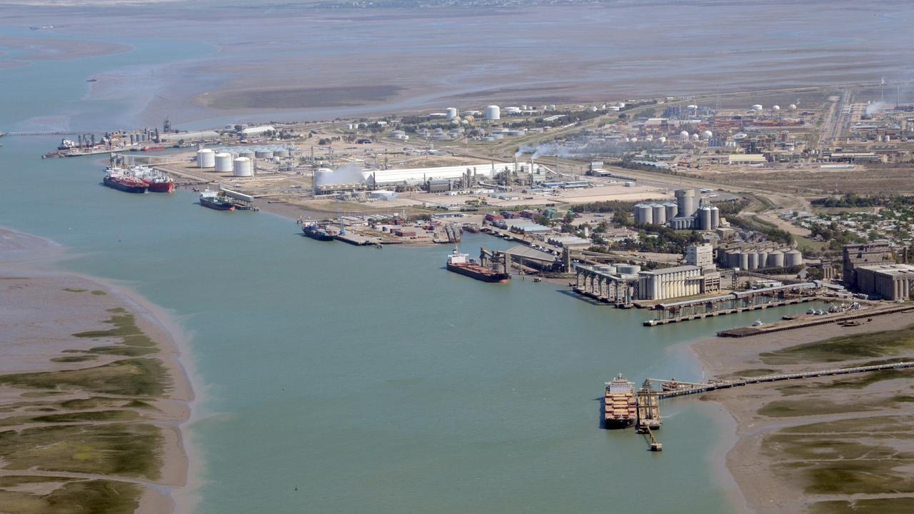 Se cumplieron las campañas de dragado anuales en los puertos de Bahía Blanca y Rosales