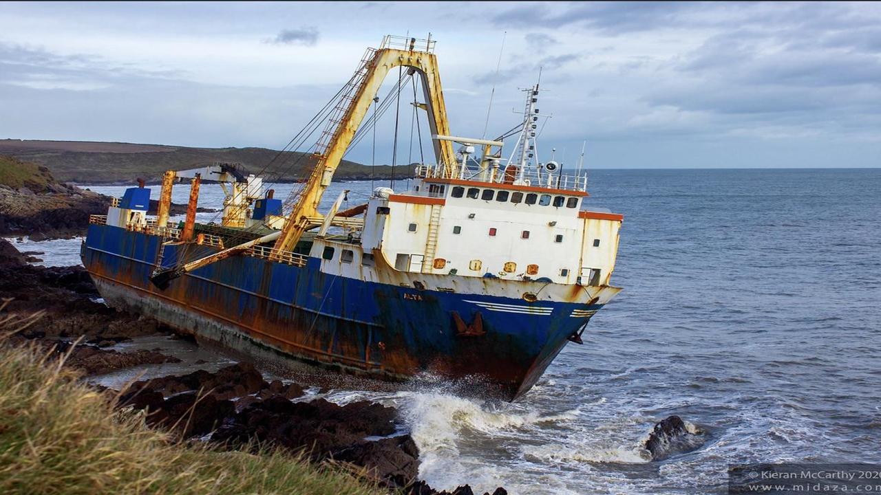 Aún no se sabe quién es el dueño del buque fantasma que apareció en Irlanda