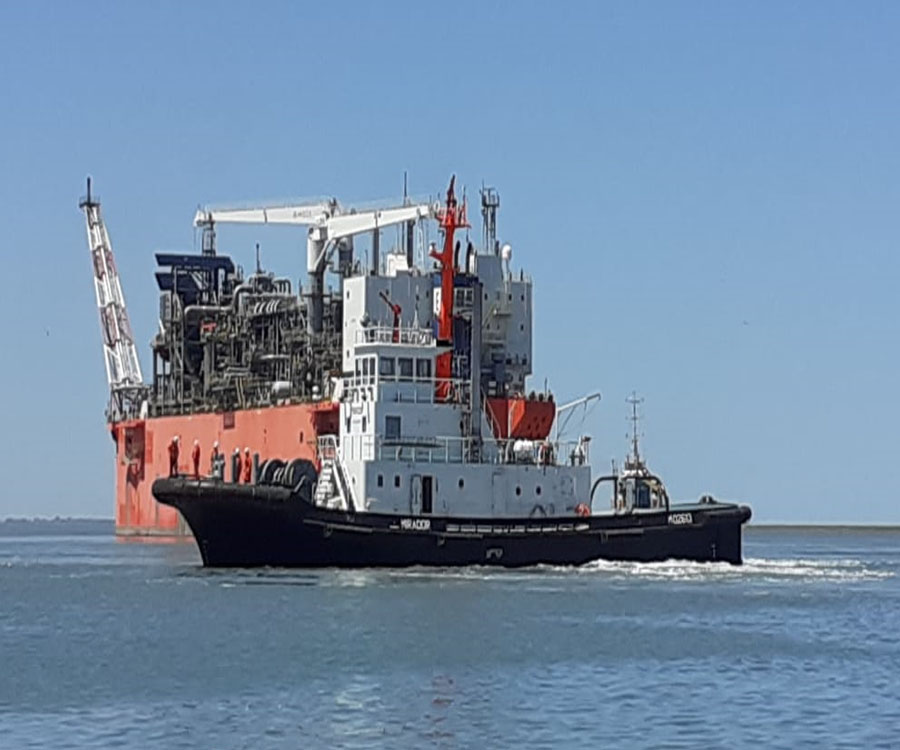 Dejó el puerto de Bahía Blanca la barcaza que había alquilado YPF para exportar gas