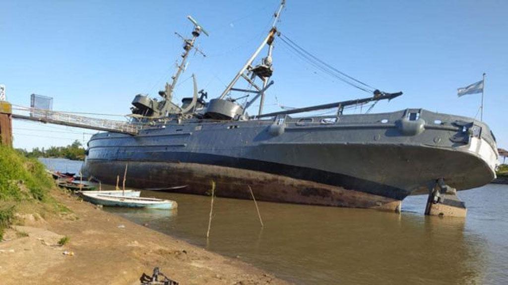 ARA Irigoyen: un buque histórico que se niega a morir en aguas del río Paraná