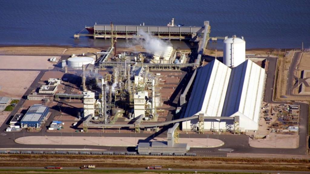 Profertil invertirá u$s 1.200 millones en una nueva planta de urea en Bahía Blanca