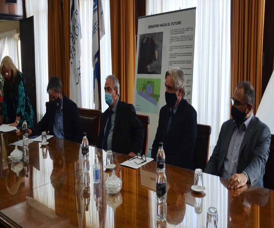 Uruguay avanza a paso firme hacia la profundización del puerto de Montevideo