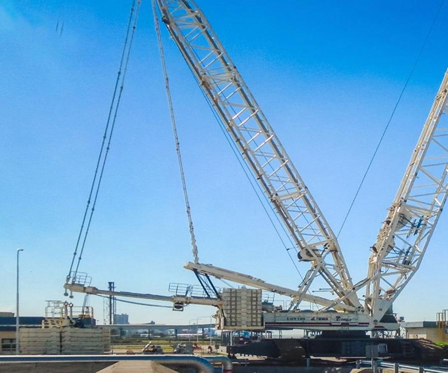 Compañía Mega reemplazó los brazos de carga en su muelle de Bahía Blanca