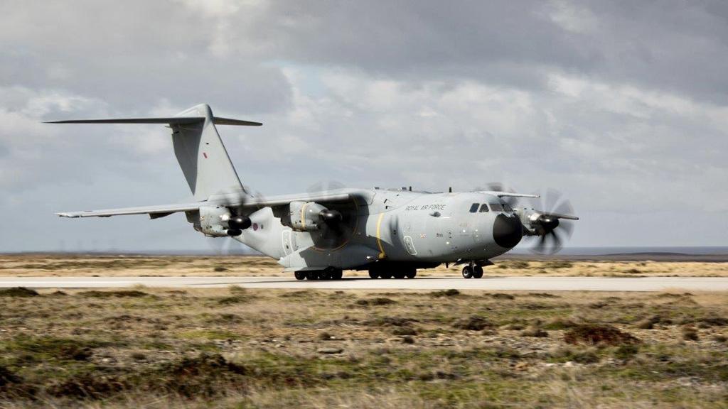 Argentina presentó otra queja ante Uruguay por colaborar con los vuelos británicos a Malvinas