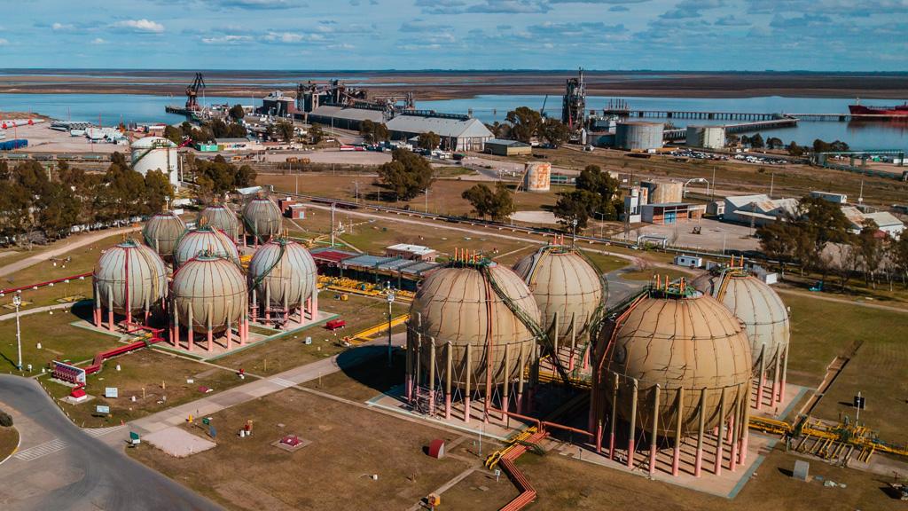 El puerto de Bahía Blanca exporta GLP al mayor distribuidor de gas en garrafa de Brasil