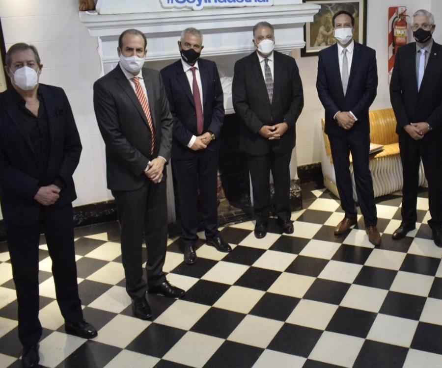 Las razones de la visita del embajador de Egipto a Bahía Blanca, un punto clave para su país