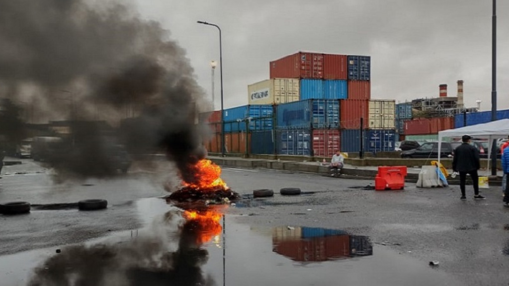 Desalojaron a los manifestantes y terminó el bloqueo al puerto de Buenos Aires