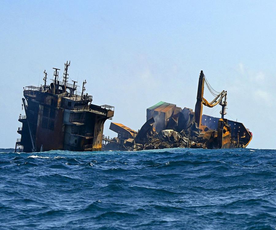 Video: mirá los últimos minutos del buque que produjo una catástrofe ambiental en el Indico